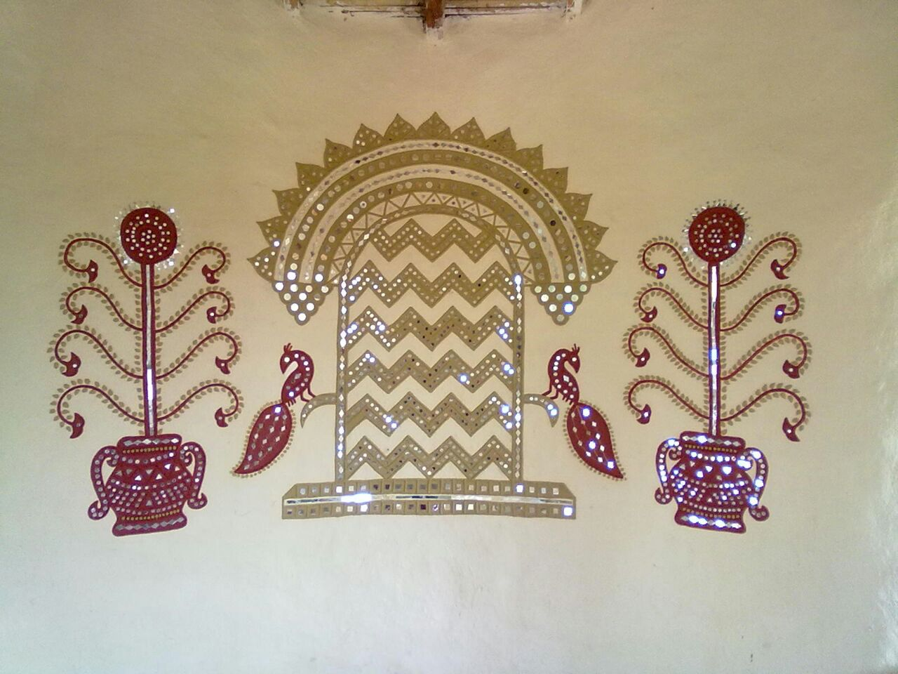 Attractive Mud Mirror Handart Work In Gujarat | free Classified | Free Advertising | free classified ads